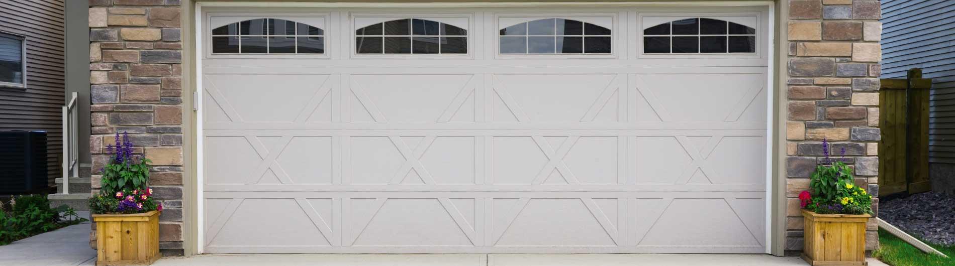 Carriage House Steel Garage Doors 9405